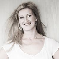 Ania Kwiędacz
