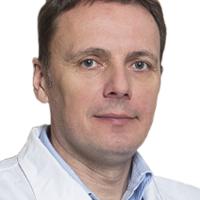 Dr Mikołaj  Pernak