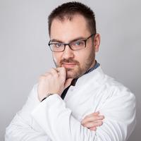 Dr Marcin Nowak