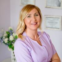 dr Dorota Pyrzowska