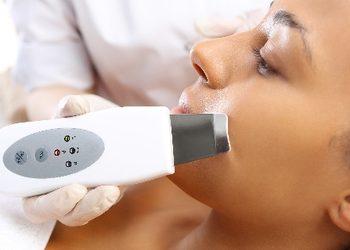 You And Beauty Salon Urody - peeling kawitacyjny (twarz, szyja, dekolt) z ampułką odżywczą i maską