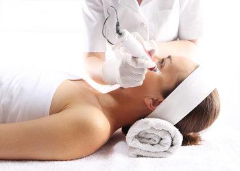 Salony fryzjerskie MICHAŁ MROSZCZAK Beauty&SPA - mezoterapia mikroigłowa - odmładzająca