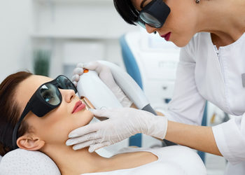 JADORE INSTYTUT - depilacja laser broda kobiety / chin