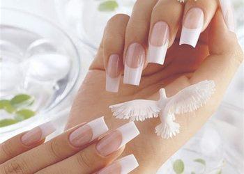 Annabel's SPA and Beauty Studios - odnowa przedłużonych paznokci (francuski) / коррекция нарощенных ногтей (французский)
