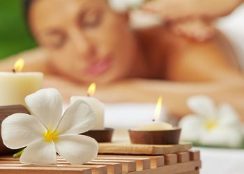 JADORE INSTYTUT - masaż aromaterapeutyczny / aromatherapy massage