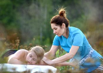 Energia dotyku Lazuri Dorota Bień - masaż ajurwedyjski abhyanga