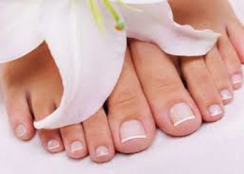 Forever Beauty Instytut Kosmetologii Gliwice - hybryda na stopy - bez frezowania stopy
