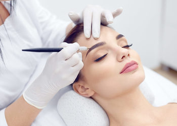 GLAMOUR - makijaż permanentny brwi