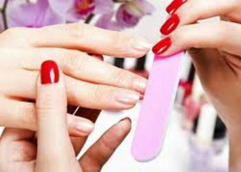KLINIKA MORENA - manicure hybrydowy