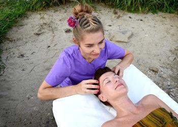 Energia dotyku Lazuri Dorota Bień - masaż twarzy marma mukabhyanga