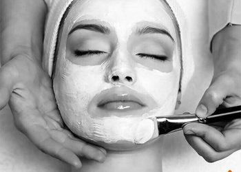 Instytut Kosmetologii Maeve - peeling mlekowy environ + maska