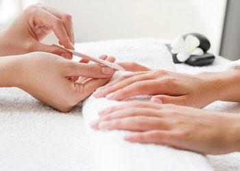 Royal's Hair & Body - manicure tradycyjny lub biologiczny