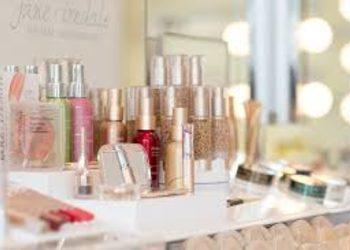 Instytut Kosmetologii Maeve - makijaże mineralne jane iredale™