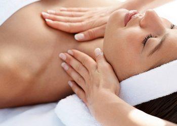 Instytut Kosmetologii Maeve -  masaż liftingujący (60 min) z kolagenem, krzemem, hialuronem, tlenem