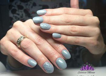 Estetica Milano - manicure zelowy z przdluzeniem na formie lub tipsie