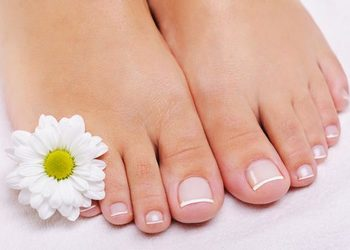 Salon Urody Magda - pedicure hybrydowe french