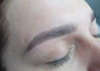 EyeBrow & Lash Bar CH Ster - eyebrow shape & color
