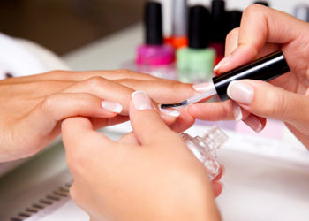 """Salon Kosmetyczny """"EVITA"""" - manicure + french"""