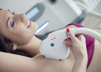 Salon La Femme - fotodepilacja dual laser sptf+