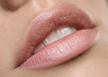 Instytut Kosmetologii Maeve - usta - regeneracja, nawilżenie, bezigłowe optyczne powiększenie k.hialuronowym