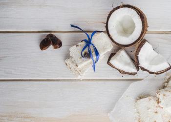 YASUMI MEDESTETIC, INSTYTUT ZDROWIA I URODY – WARSZAWA POWIŚLE  - oferta walentynkowa 2019 kokosowy deser na kamienistej plaży