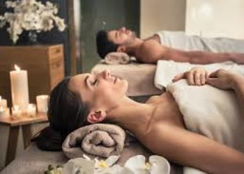Relax in SPA  - masaż gorącą świecą dla dwojga