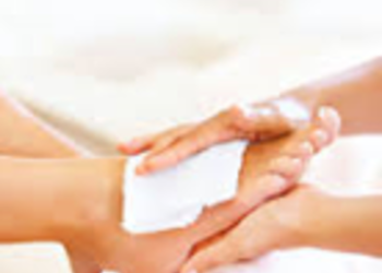 Sekret Piękna Salon Piękności - pedicure klasyczny + zabieg spa na stopy