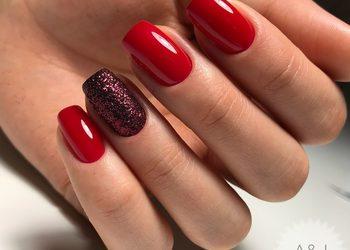 A&J Beauty Studio  - malowanie paznokci lakierem klasycznym