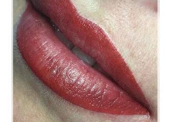 Institute Essence - makijaż permanentny usta wypełnienie