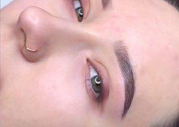 Eva Cosmetics & Lashes - stylizacja i geometria brwi nikk mole