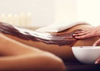 Relax in SPA  - hot chocolate massage for couples