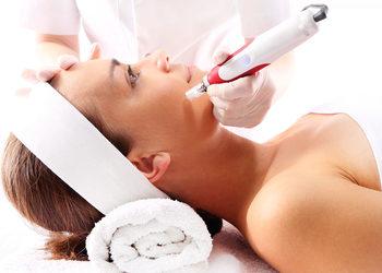 Instytut Urody Fantastic Body -    mezoterapia mikroigłowa derma pen(twarz+szyja+dekolt)
