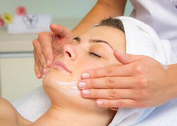 YASUMI MEDESTETIC, INSTYTUT ZDROWIA I URODY – WARSZAWA POWIŚLE  - masaż twarzy szyi i dekoltu
