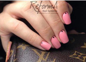 La Nails - manicure kombinowany z nadbudową