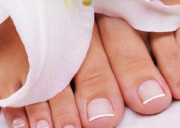 Institute Essence - stylizacja paznokci pedicure spa z malowaniem