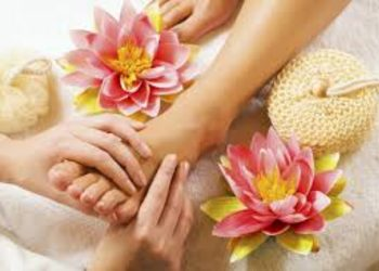 Relax in SPA  - thai foot massage, 45min.