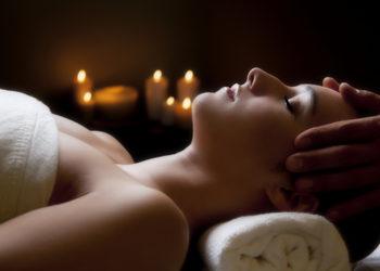 YASUMI SPA - masaż głowy i karku jako dodatek do masażu gua sha (15 min)