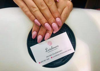Loveliness Ambasada Urody - manicure kombinowany