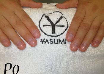 Yasumi Wilanow - manicure męski