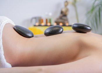 Gabinet Kosmetyki Profesjonalnej Hebe Aleksandra Tańska - masaż gorącymi kamieniami