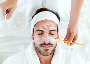 SHARI Beauty Clinic - zabieg na twarz for men – oczyszczająco-relaksujący