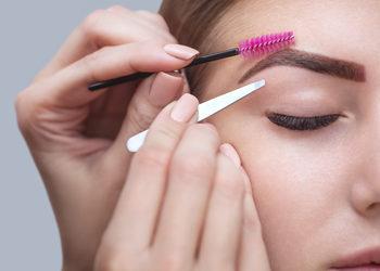 Centrum Kosmetologii Kirey - henna brwi z regulacją