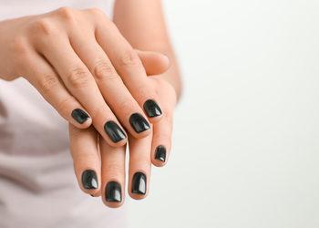 Centrum Kosmetologii Kirey - manicure gel color opi