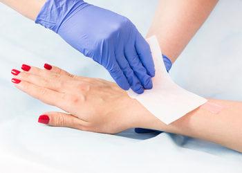 Centrum Kosmetologii Kirey - depilacja woskiem lycon - przedramiona