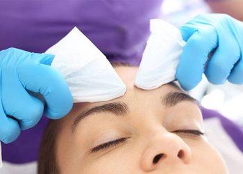 Salon fryzjerski kosmetyczny She & He - oczyszczanie manualne twarzy