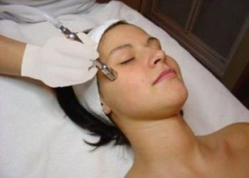 Yasumi Wilanow - mikrodermabrazja diamentowa z pielęgnacją: podstawa oczyszczenia