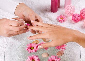 Salony fryzjerskie O'la - manicure damski