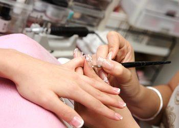 Salony fryzjerskie O'la - zdjęcie akrylu/żelu