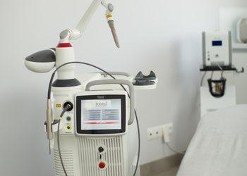 Renew Studio - leczenie łysienia androgennego laserem fotona spectro sp