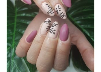 NOIR kosmetologia i medycyna estetyczna  - manicure hybrydowy